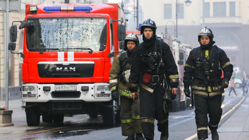 Incendio en un centro comercial en Moscú (VIDEOS)