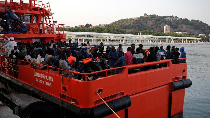 Un botecon al menos 100 migrantes naufraga cerca de las costas de Libia