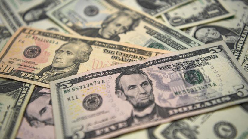 Otro récord argentino: El precio del dólar vuelve a subir hasta los 29,80 pesos