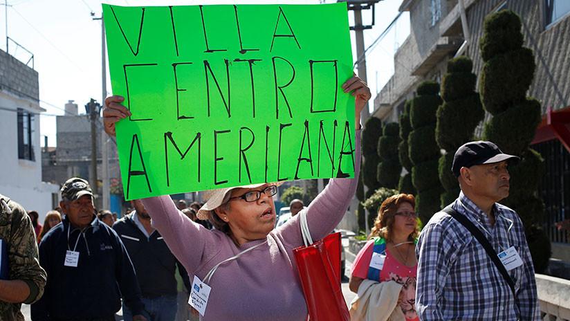 VIDEO: Los damnificados por el sismo del 19 de septiembre bloquean una calle en Ciudad de México