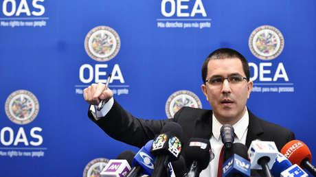 El canciller venezolano, Jorge Arreaza, durante una rueda de prensa en la sede de la OEA. Washington, 4 de junio de 2018.