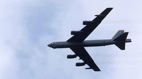 Un bombardero B-52
