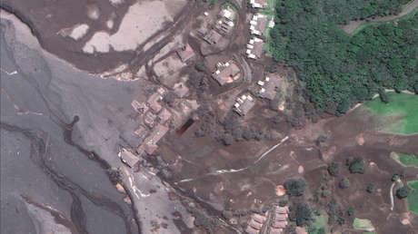 Imágenes satelitales muestran el flujo de lava cerca del campo de golf La Reunión en Guatemala, 6 de junio de 2018.