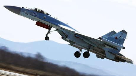 Un caza Su-35 durante un competición, Primorie, Lejano Oriente de Rusia.