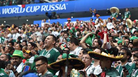 Hinchas mexicanos en el partido Alemania-México, estadio Luzhnikí de Moscú, 17 de junio de 2018.