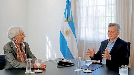 La directora del FMI, Christine Lagarde, junto al presidente argentino, Mauricio Macri, reunidos en Buenos Aires.
