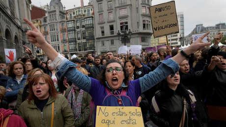 Protesta tras la conocerse la sentencia a los acusados. Oviedo (España), 26 de abril de 2018.