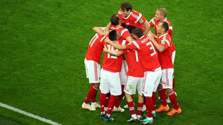La selección rusa durante el partido contra Egipto en San Petesburgo, el 19 de junio de 2018