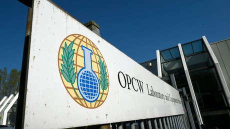 Entrada al edificio de la OPAQ en La Haya, Países Bajos.