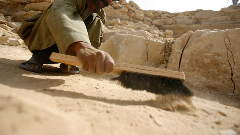 Hallan en las antiguas alcantarillas de Jerusalén una moneda del turbulento año 69