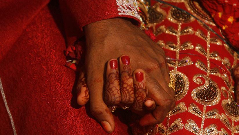 Indignación en Malasia después de que un hombre de 41 años se case con una niña de once años