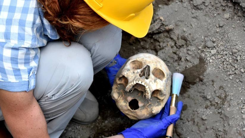 Hallan el cráneo del 'hombre decapitado' en Pompeya y revelan los motivos de su muerte (FOTOS)