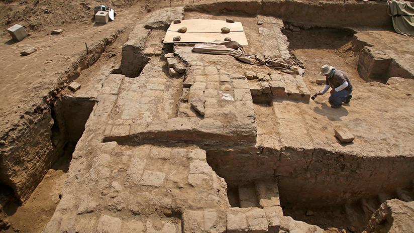 Misterio en Egipto: Hallan en Alejandría una enorme tumba y una cabeza de piedra de hace 2.000 años
