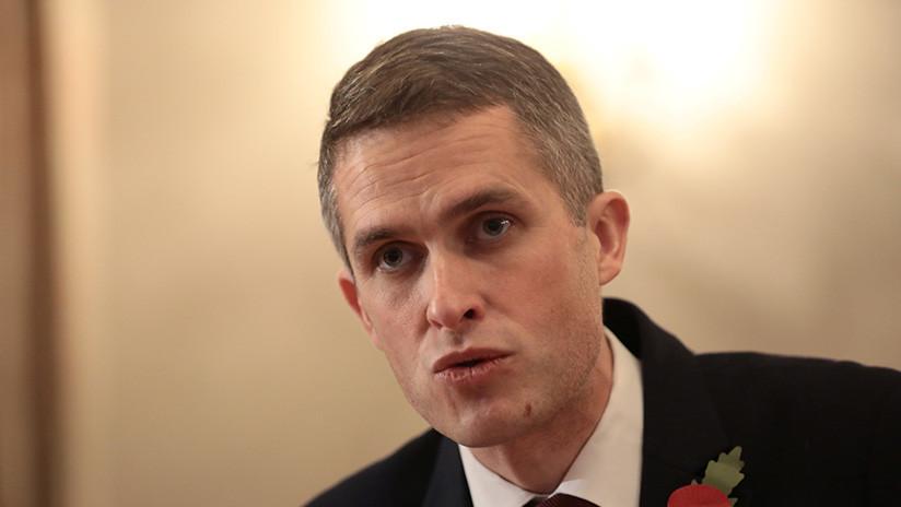 VIDEO: Siri interrumpe un discurso del ministro británico de Defensa en el Parlamento