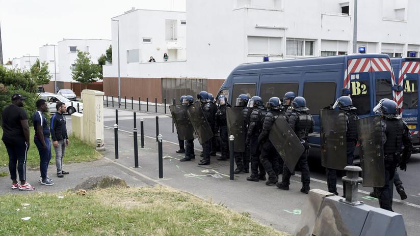 Francia: La Policía antimotines se desborda sobre Nantes tras una noche de enfrentamientos (VIDEOS)