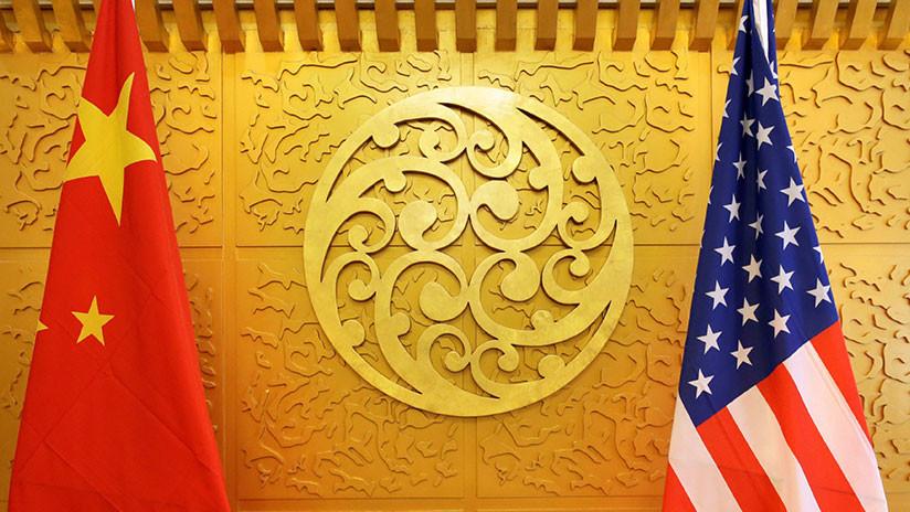 """Pekín acusa a Washington de """"abrir fuego contra todo el mundo"""" con su guerra comercial"""