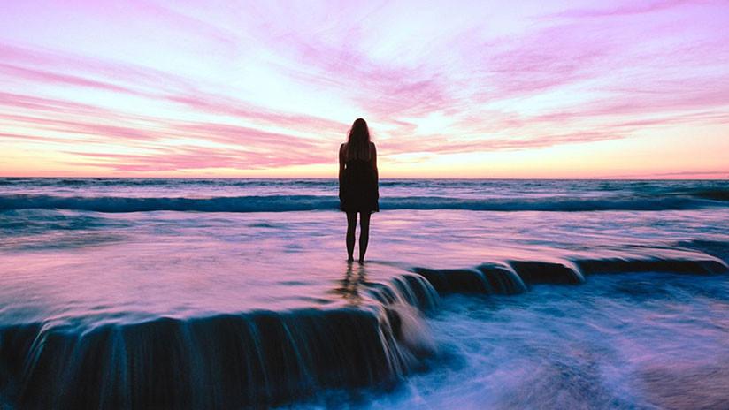 La arrastró una ola y apareció viva 18 meses después