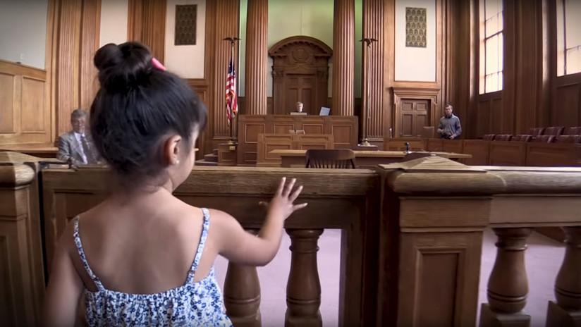 'Sin compañía': El corto que recrea el drama de los niños migrantes solos frente a jueces de EE.UU.