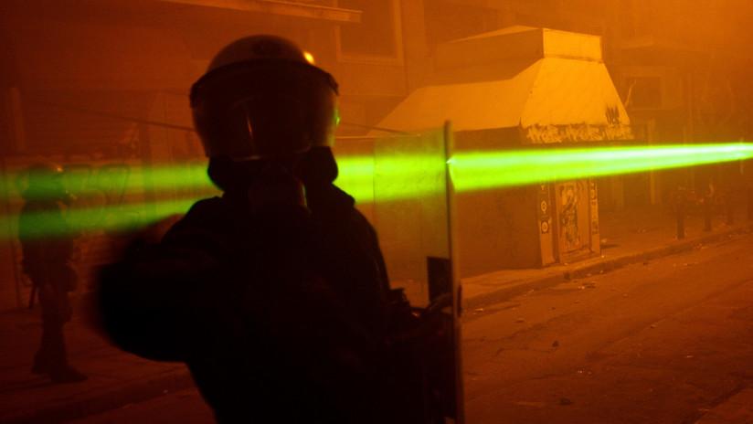 VIDEO: Creadores del 'AK-47 láser' muestran el arma en acción en respuesta a los escépticos
