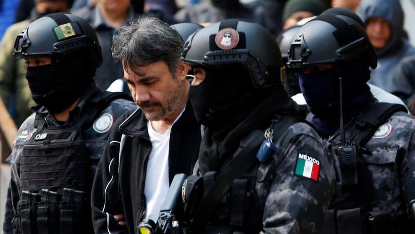 VIDEO: México extradita a 'El Licenciado' hacia EE.UU. para declarar contra 'El Chapo'