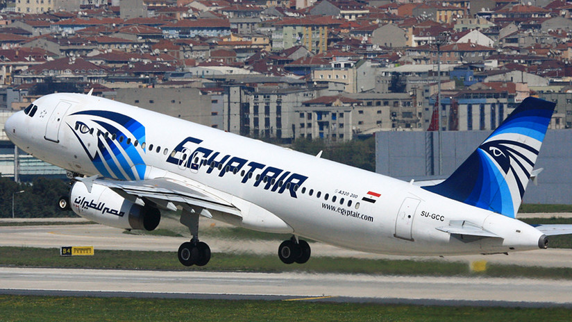 Revelan que un fuego en cabina pudo causar el siniestro del avión de EgyptAir en 2016