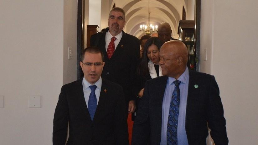 Venezuela y Sudáfrica buscan estrechar cooperación en materia energética y económica