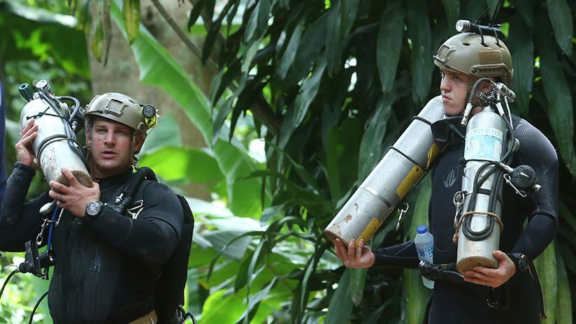 Ingenieros enviados por Musk llegan a Tailandia para ayudar en el rescate de los niños en la cueva