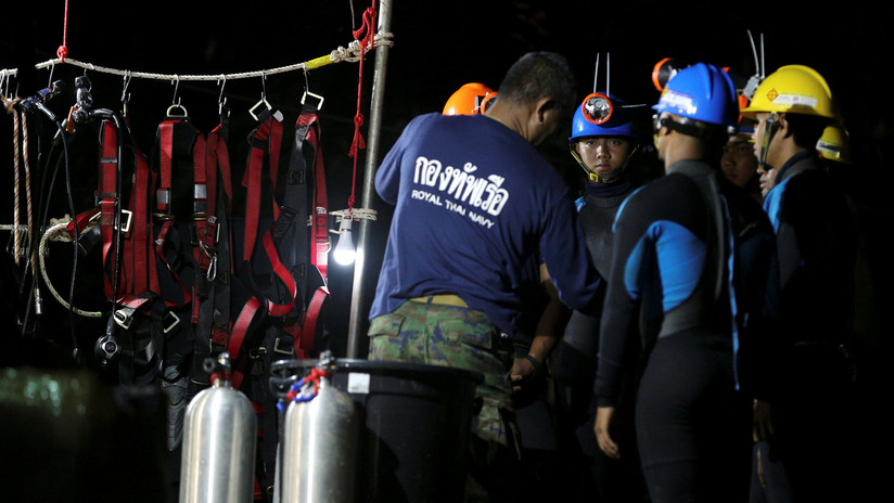 """""""Hoy es el Día D"""": empieza la operación de rescate de los niños atrapados en Tailandia (GRÁFICO)"""