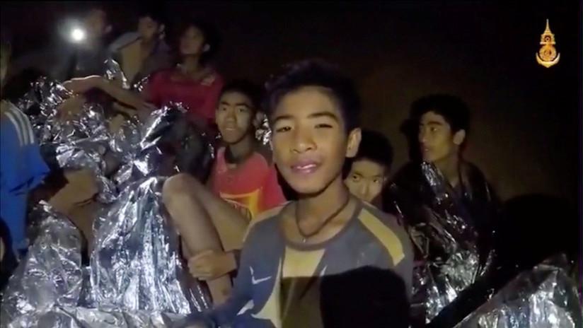VIDEO: Los primeros niños han sido rescatados de la cueva en Tailandia