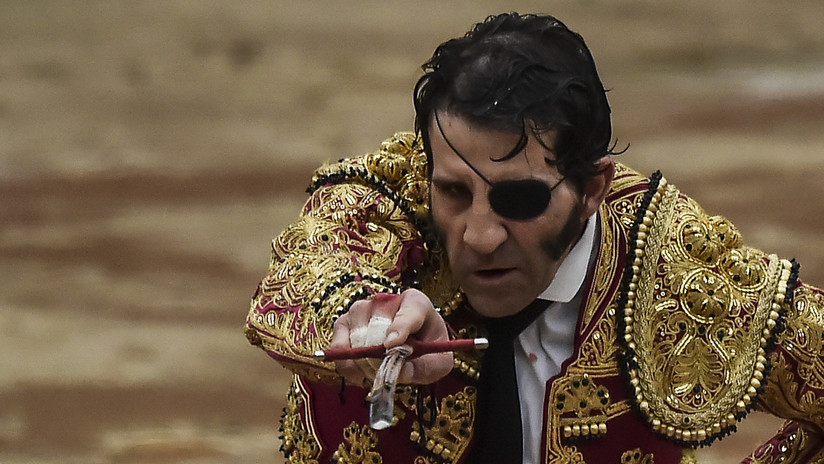VIDEO 18+: Toro arranca cuero cabelludo al torero Juan José Padilla