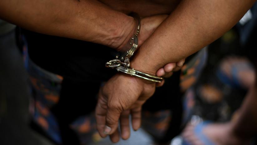EE.UU.: Acusan a una mujer de vender droga en la corte justo antes de su comparecencia por otro caso