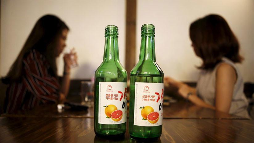 Multan a un restaurante coreano de Sídney por dejar en la calle a dos mujeres inconscientes
