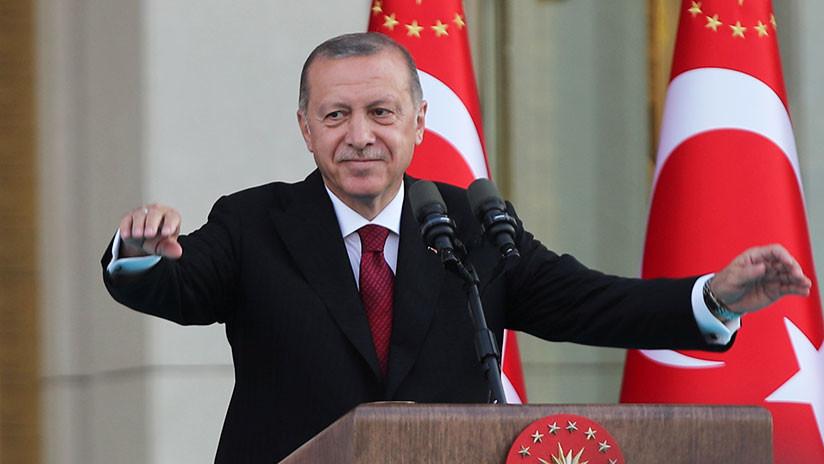 Erdogan jura el cargo de presidente y marca la inauguración del sistema presidencial en Turquía