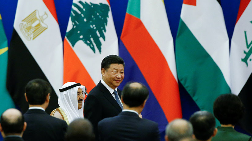 China promete 20.000 millones de dólares en préstamos para recuperar Oriente Medio