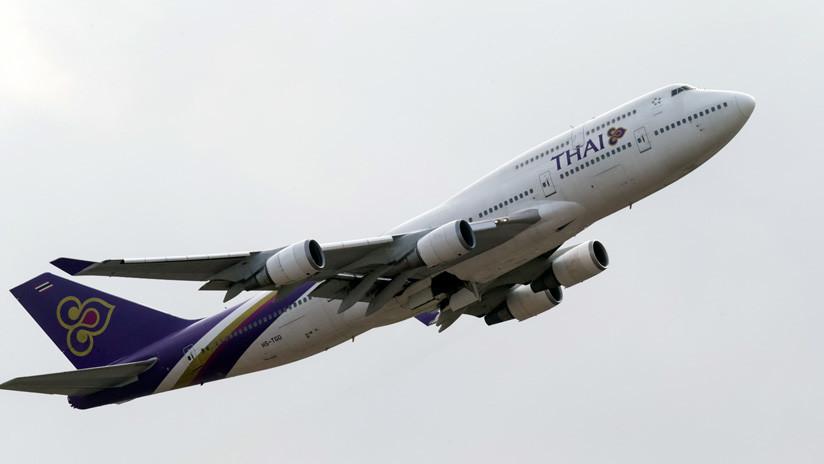 Tailandia: Aldeanos despiertan y descubren un Boeing 747 en un terreno cerca de sus casas