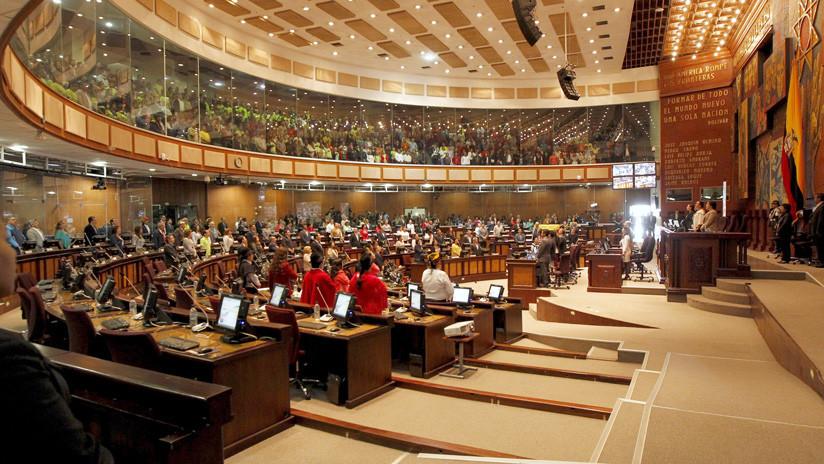 Ecuador: Asamblea rechaza expresiones de Bolivia y Venezuela sobre orden de detención contra Correa