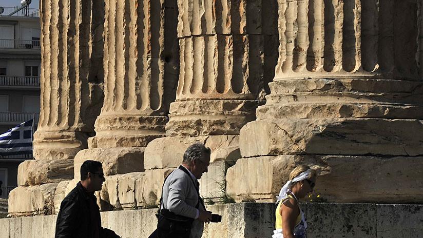 Hallan en Grecia una antigua tablilla de arcilla con versos de la Odisea