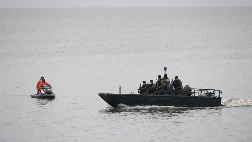 Un barco con bandera española naufraga frente a las costas de Argentina