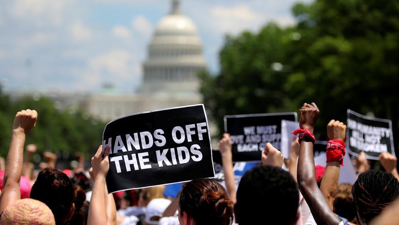 VIDEOS: Miembros de la Administración Trump enfrentan al acoso popular en Washington