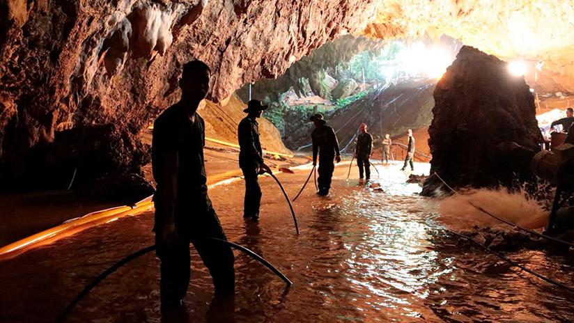 Autoridades tailandesas publican video de la operación de rescate de los niños atrapados en la cueva