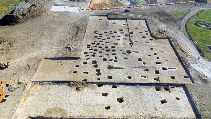 FOTOS: Descubren en una necrópolis en Crimea objetos únicos comparables al 'oro de los escitas'
