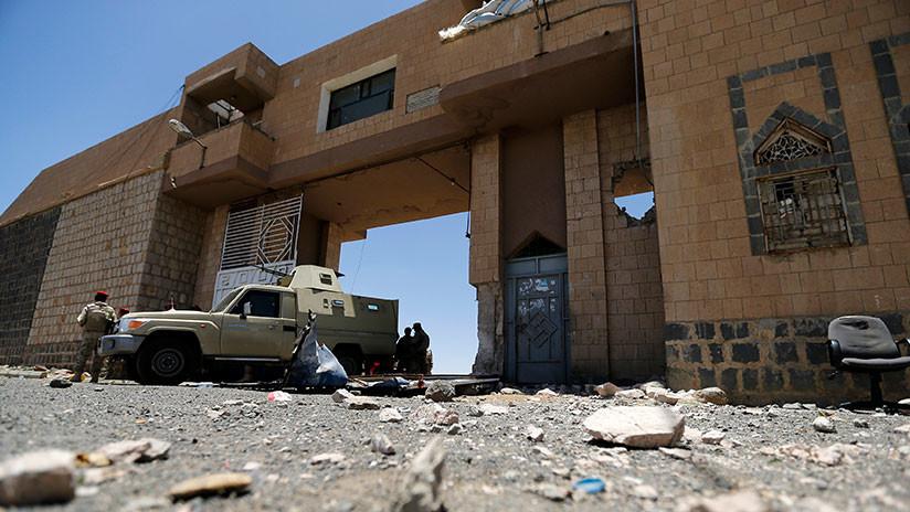 Amnistía Internacional acusa a EAU y fuerzas yemeníes de torturas en prisiones secretas de Yemen