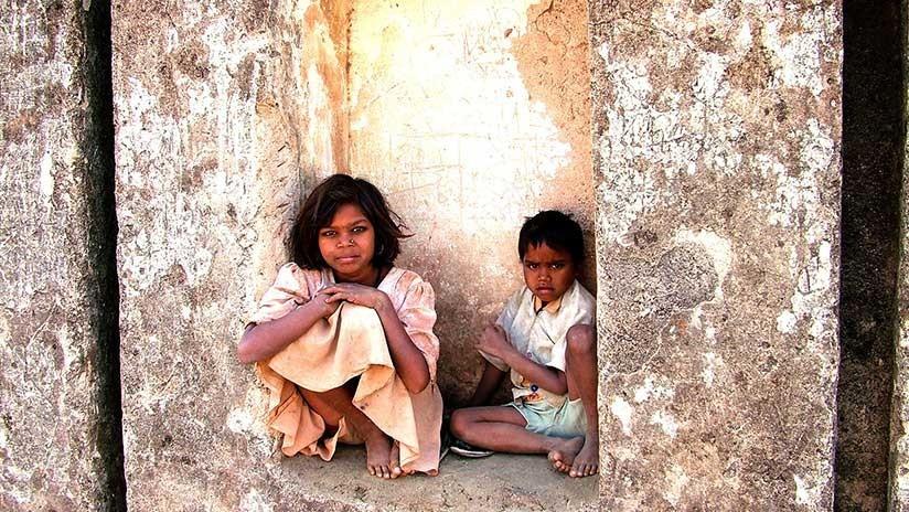 Falsos videos de secuestros de niños difundidos en WhatsApp provocan ola de linchamientos en India
