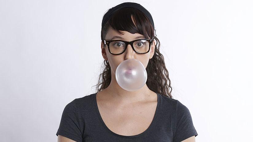 Nueve malos hábitos que indican que la persona es más inteligente de lo que se piensa