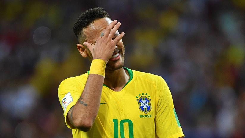 Un tenista de Wimbledon hace 'un Neymar' que desata las risas del público