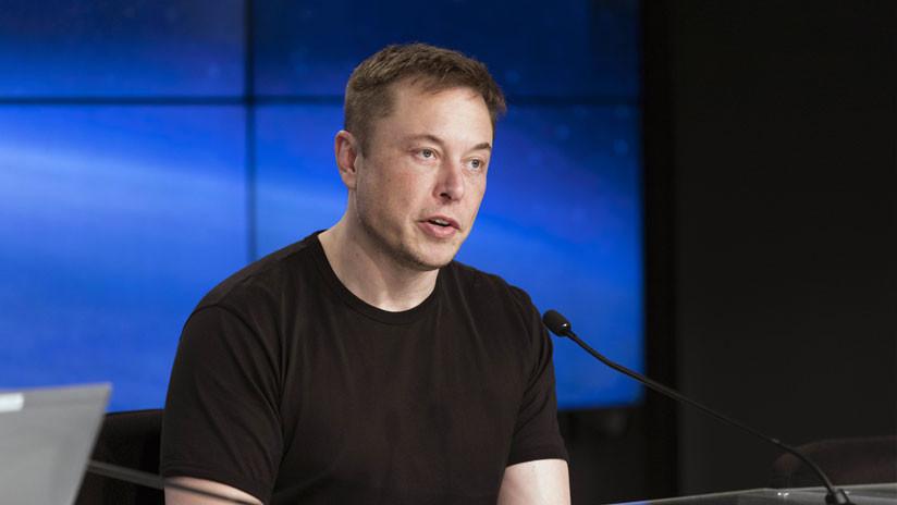 """Musk llama """"pedófilo"""" al buzo que criticó su plan para salvar con submarino a los niños en Tailandia"""