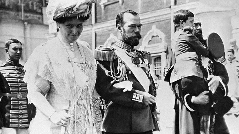 Análisis genéticos confirman la autenticidad de los restos del zar Nicolás II y de su familia