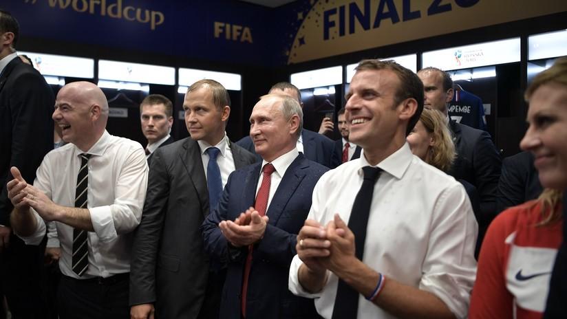 VIDEO: Presidentes de Francia, Rusia y Croacia celebran el campeonato del mundo en el vestuario galo