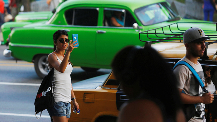 Gobierno permitirá implementación de internet en teléfonos móviles — Cuba