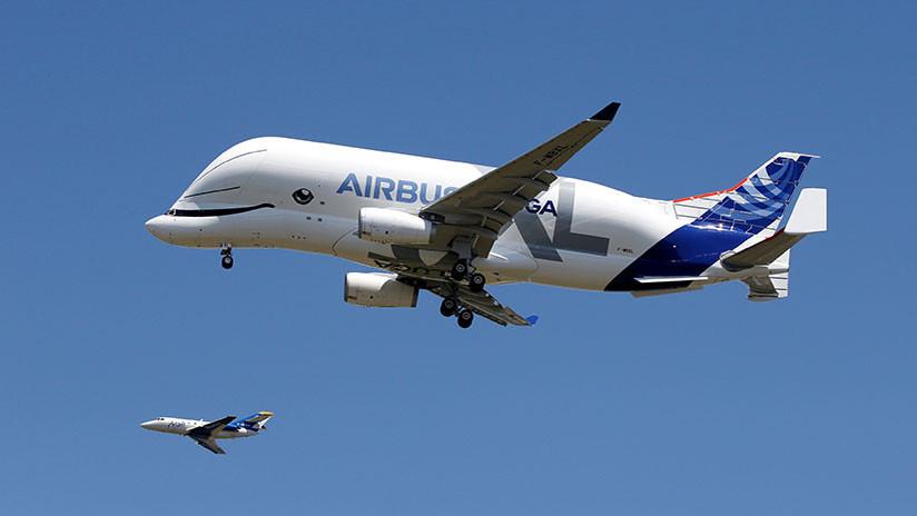 El gigantesco avión ballena de Airbus ya vuela — Beluga XL